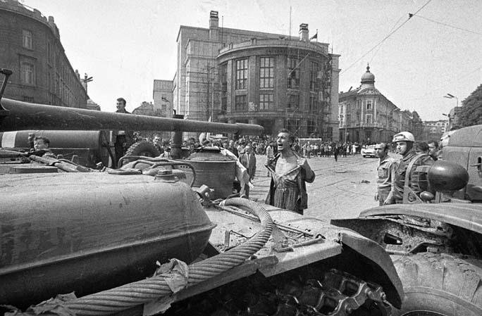 """Résultat de recherche d'images pour """"tchecoslovaquie 1968"""""""